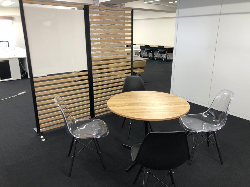 東京都千代田区 内装工事 オフィス家具